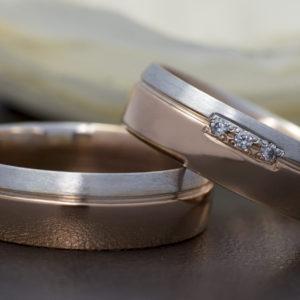 Rozé és fehérarany karikagyűrű