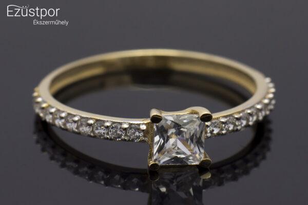 Arany gyűrű cirkónia kő díszítéssel